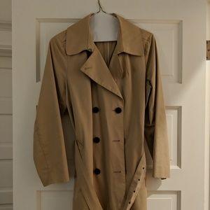 Everlane camel trench coat, large